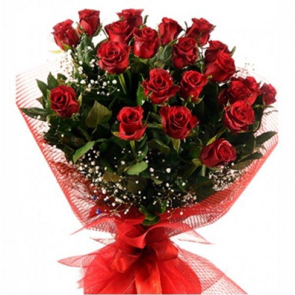 25 adet kYrmYzY gullerden YYk el buketi 1 - Bugünkü çiçekler kime gitsin?